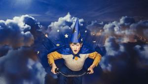 Buster i flyvende fart. Foto: Emilia Therese,