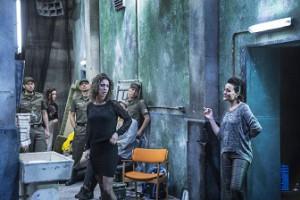Francine Vis, Carmen, sammen med Lise Christensen, Mercedes (Foto: Anders Bach).